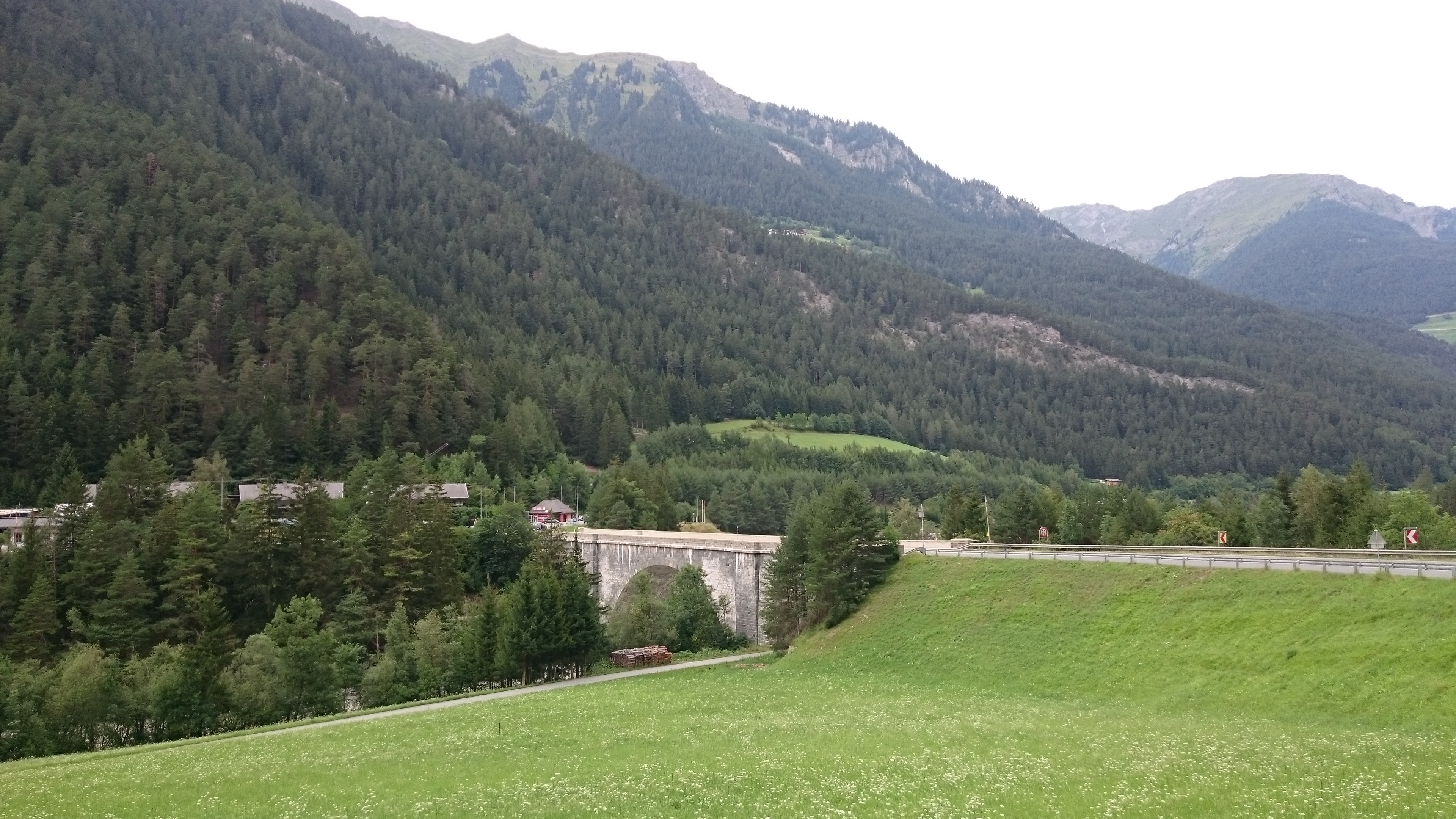 Pegel Inn - Kajetansbrücke