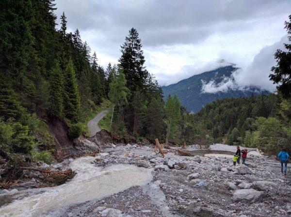 Hachleschlucht: Weg und Brücke sind weg