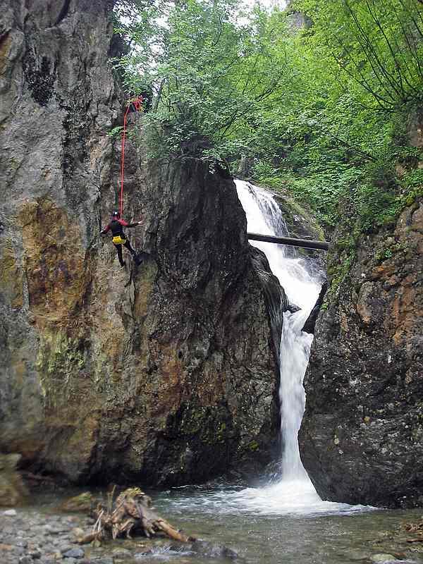 Canyoning Nederbach (Alpenrose, Stopfer, Alpenkönig, Höllwiesenklamm) Fotos © Wolfgang Streicher
